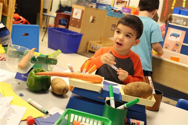 Families can now request 2018-19 preschool registration packets